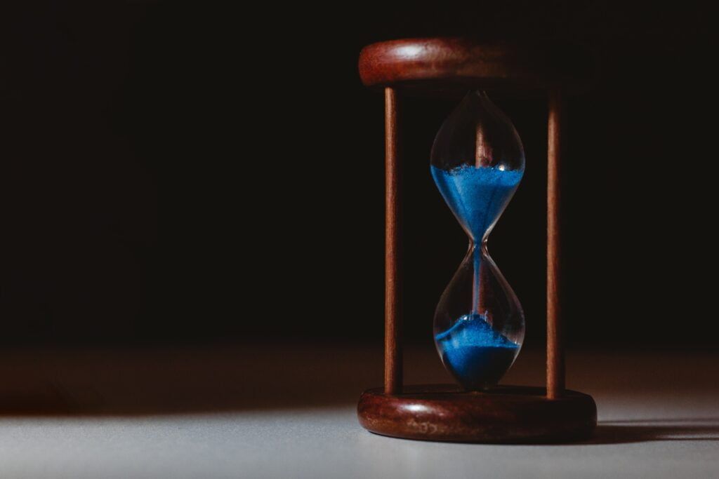 how long does a beneficiary have to claim a life insurance policy